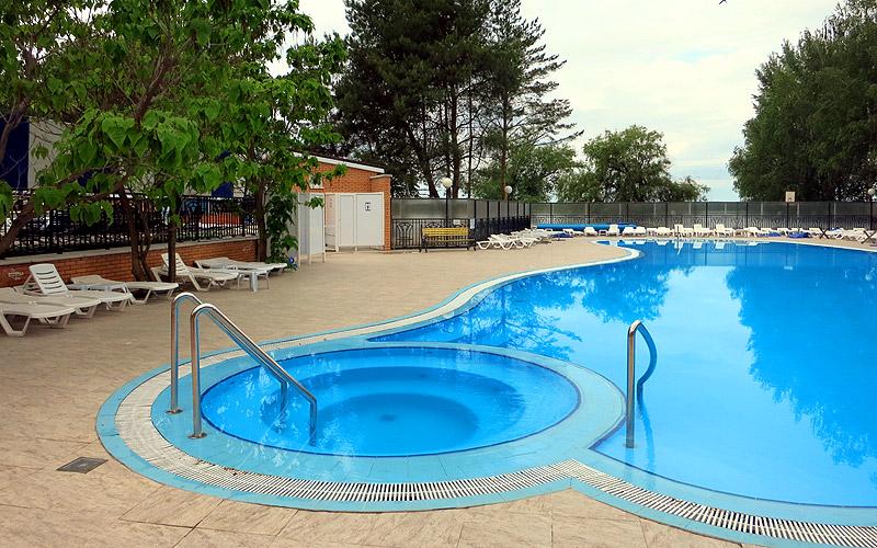 Самый теплый бассейн