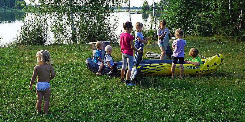 Семейный отдых с байдаркой в домике на берегу пруда под Орлом