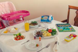 """Питание для детей в """"Лесном"""""""