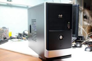 Системный блок (корпус) первого компьютера для ребенка