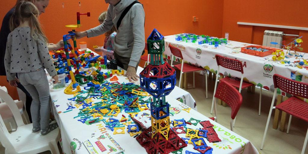Город конструкторов и Паровозия в Орле