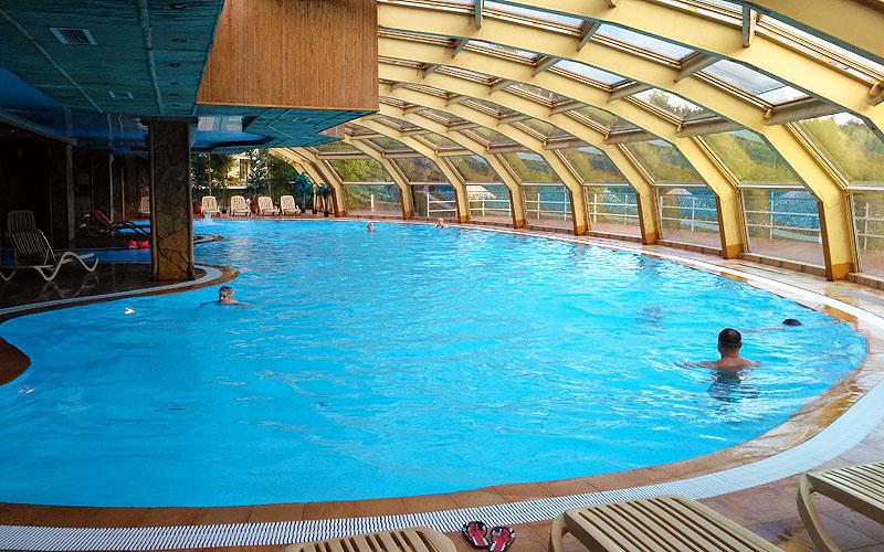 Бассейн для взрослых в Яхонты Ногинск