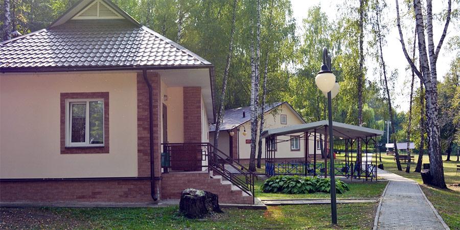 Территория лагеря Лесная Поляна