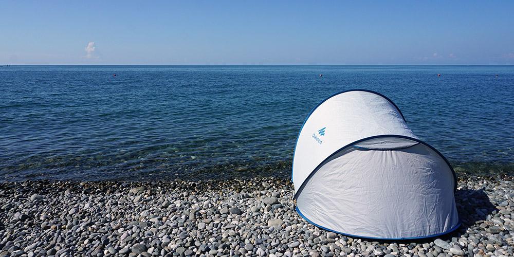 Палатка на Черном море