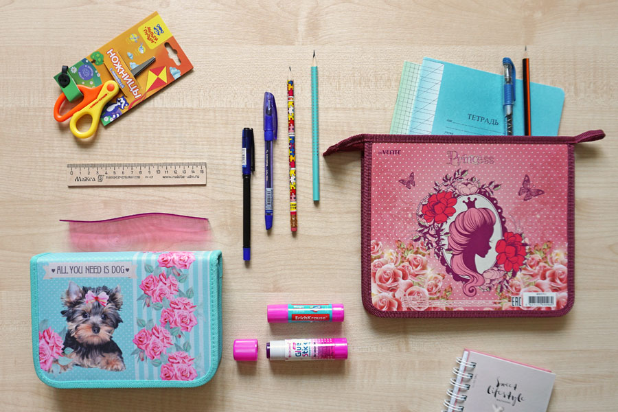 Ручки карандаши тетради письменные принадлежности